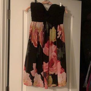 Deep sweetheart cocktail dress